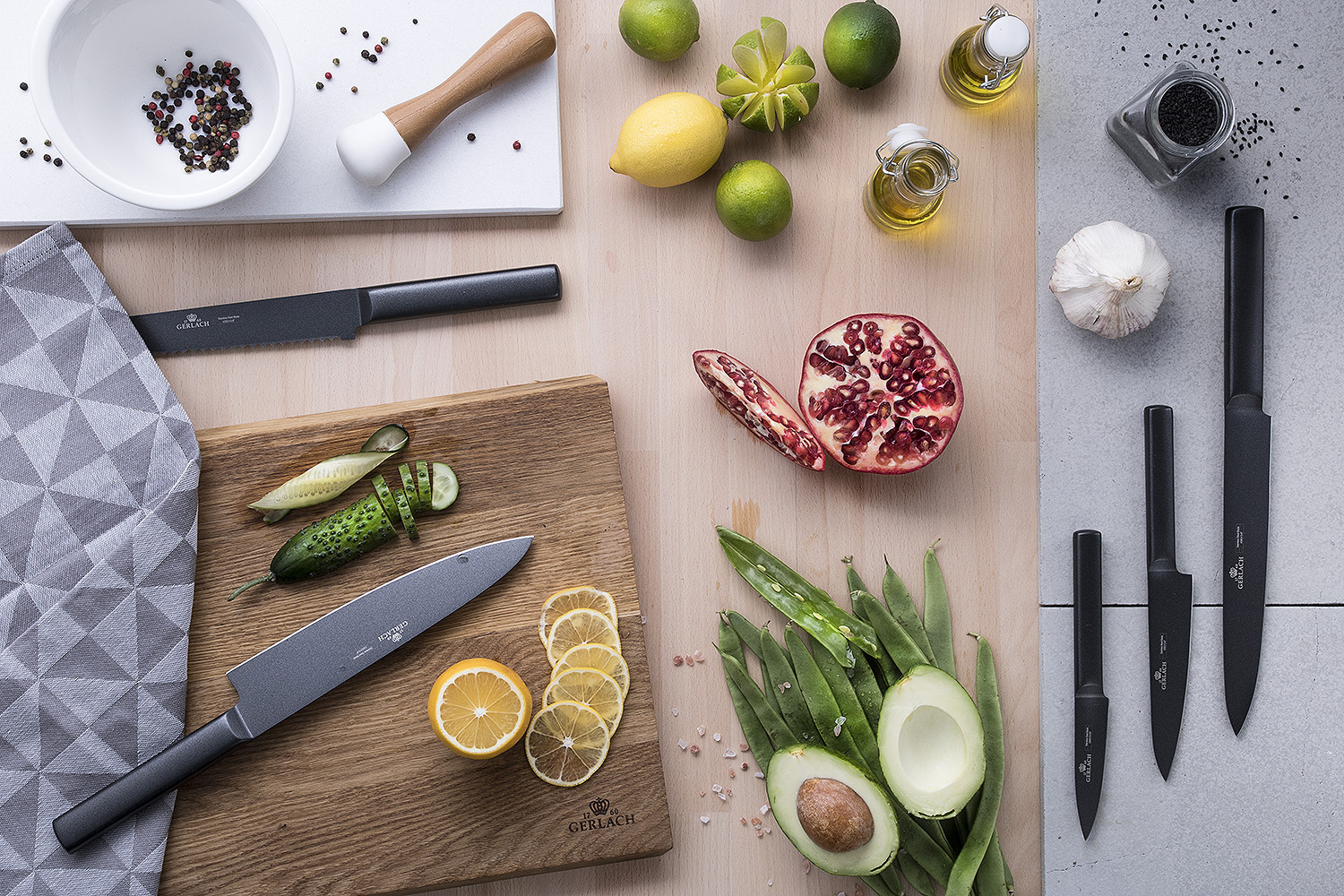 the Ambiente Black set of knives