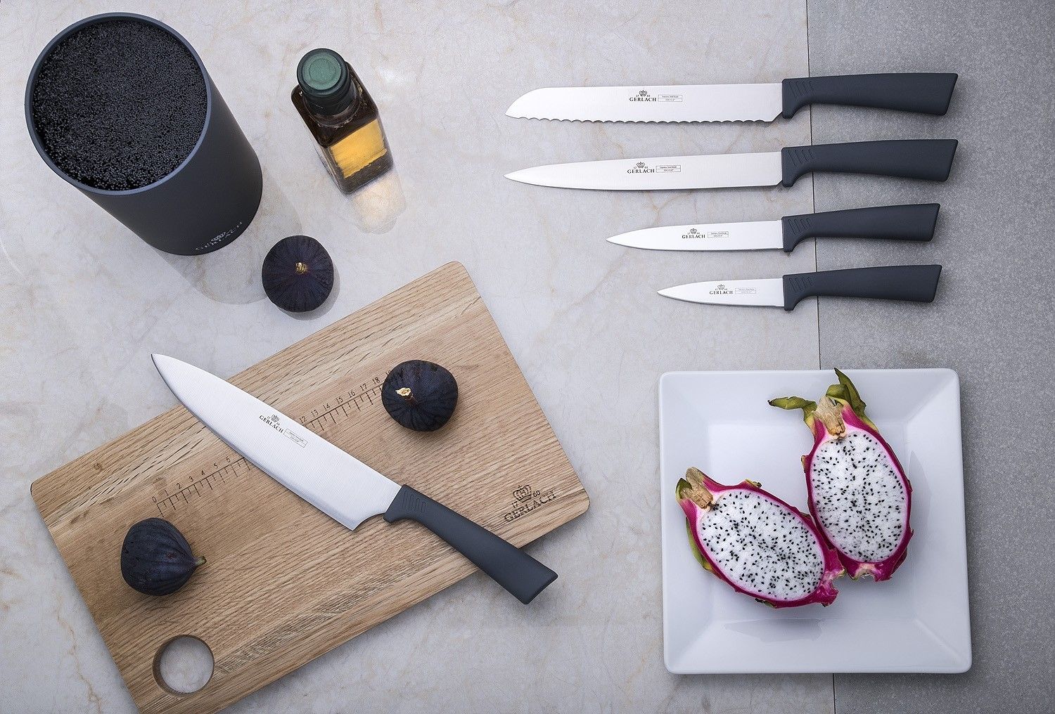 A set of SMART GREY knives
