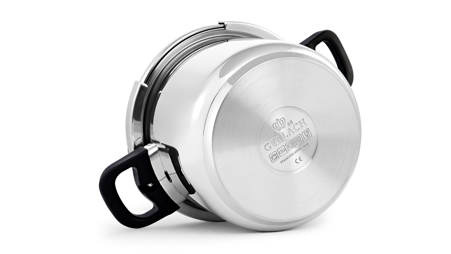Pressure cooker with handle